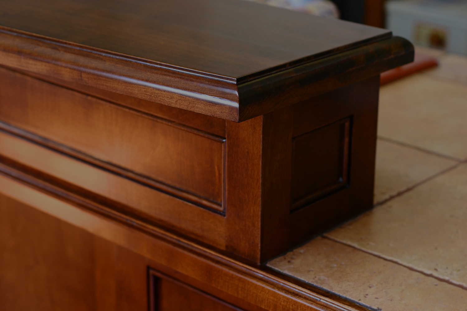 How to Choose a Finish for Your Cabinet Boxes and Shelves - Banner