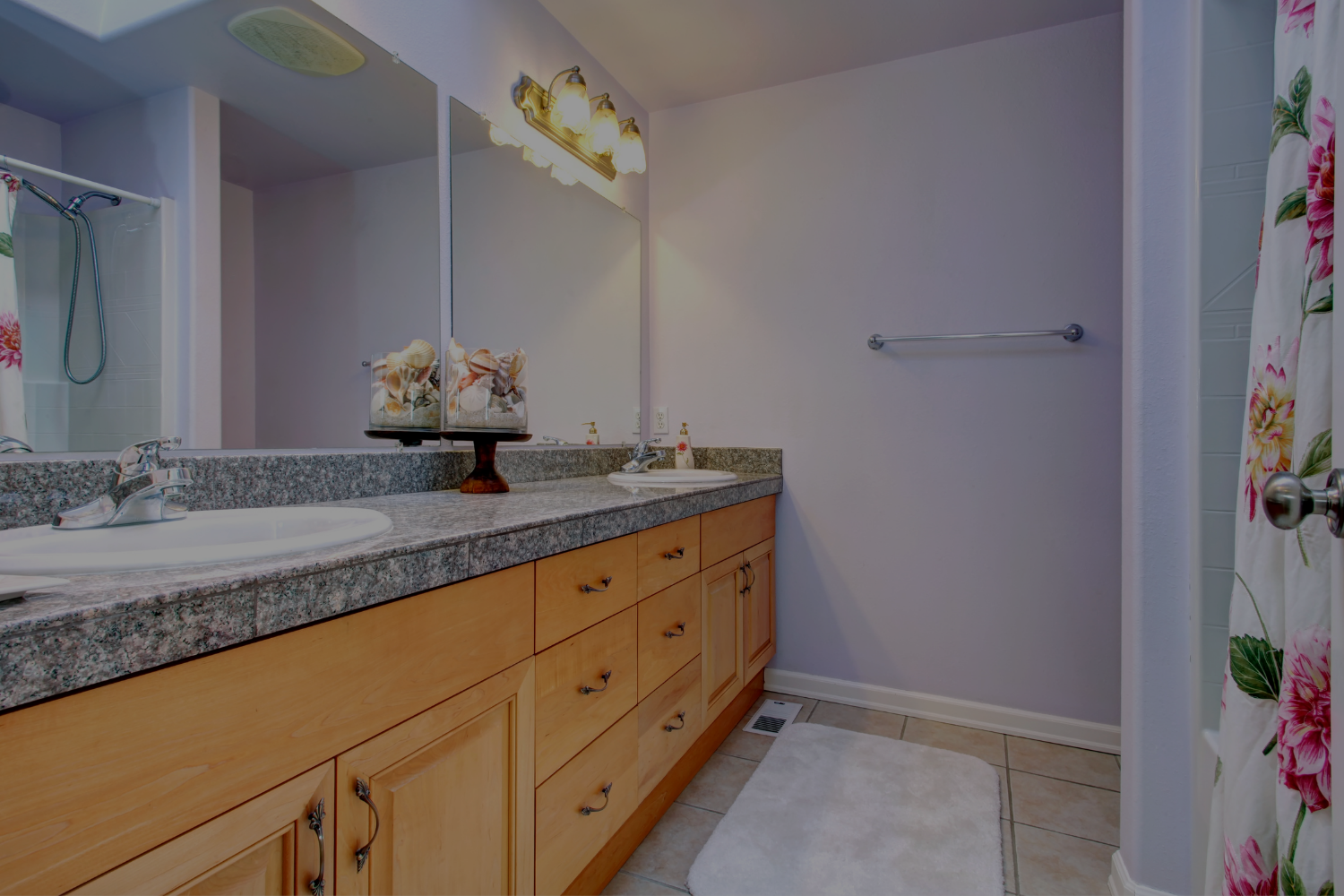 How to Choose the Perfect Bathroom Lighting - Banner
