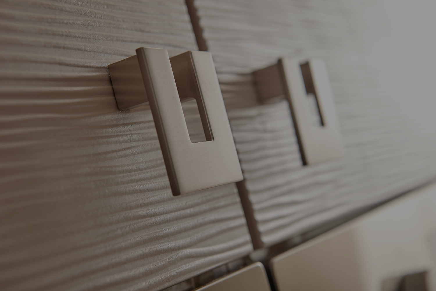 How to Select the Right Cabinet Hardware - Banner